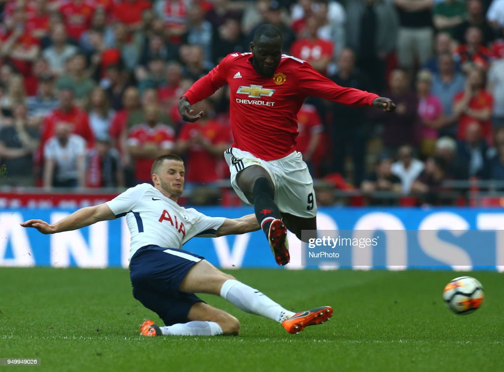 Manchester United v Tottenham Hotspur - The Emirates FA Cup Semi Final : News Photo