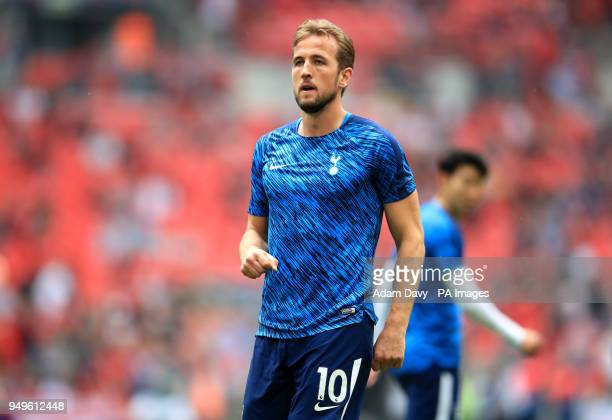 Tottenham Hotspur's Harry Kane warms up before the Emirates FA Cup semifinal match at Wembley Stadium London