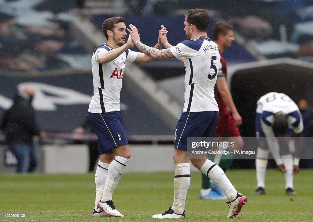Tottenham Hotspur v Wolverhampton Wanderers - Premier League - Tottenham Hotspur Stadium : News Photo