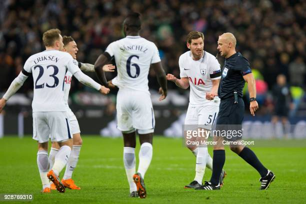 Tottenham Hotspur's Jan Vertonghen protests to Referee Szymon Marciniak during the UEFA Champions League Round of 16 Second Leg match between...