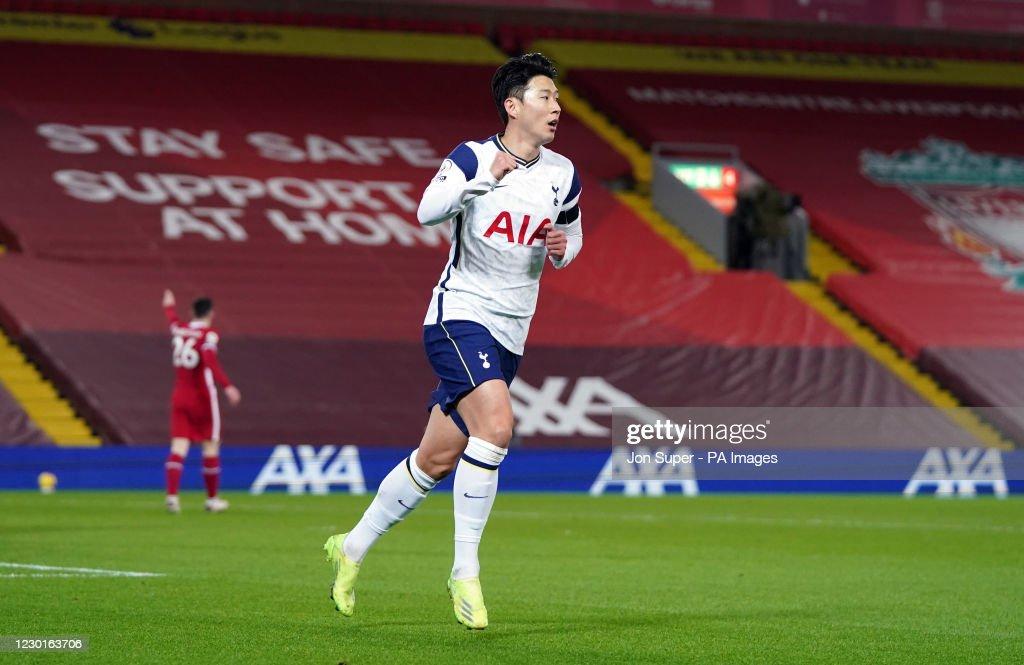 Liverpool v Tottenham Hotspur - Premier League - Anfield : News Photo