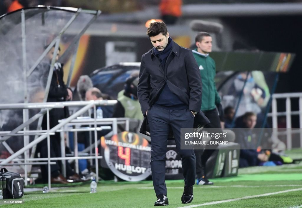 Tottenham's Argentinian coach Mauricio Pochettino reacts during the UEFA Europa League football match between KAA Gent and Tottenham Hotspur at the Ghelamco Arena in Ghent on February 16, 2017. / AFP / EMMANUEL
