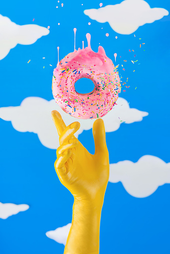 Touch of pink (The Simpsons Series) - gettyimageskorea