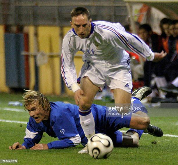 France's forward Franck Ribery vies with Slovakia's defender Jozef Postrk during their friendly Under21 football match 28 February 2006 in Toulon AFP...