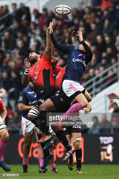 RC Toulon's Argentinian Number Eight Juan Martin Fernandez Lobbe vies with Stade Français Charl McLeod during the French Top 14 rugby union match...