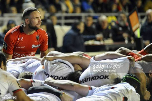 RC Toulons New Zealand scrum half Alby Mathewson prepares to throw the ball in the scrum during the French Top 14 rugby union match between RC Toulon...