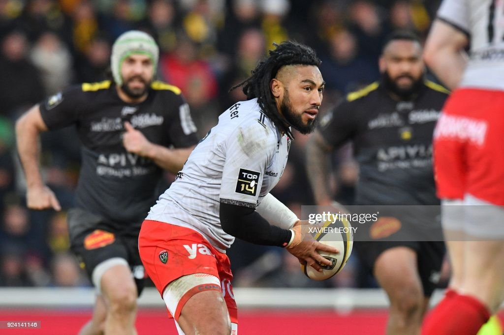 RC Toulon's New Zealander centre Maa Nonu runs with the ball during the French Top 14 rugby union match between La Rochelle and Toulon on February 25, 2018 at the Marcel Deflandre Stadium in La Rochelle, southwestern France. /