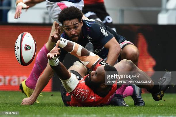 RC Toulon's Semi Radradra fights for the ball with Stade Français's Jimmy Yobo during the French Top 14 rugby union match Toulon vs Stade Français at...