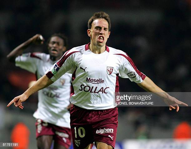 Metz's midfielder Franck Ribery jubilates after scoring a goal against Toulouse during their French L1 football match, 06 novembre 2004 at the...
