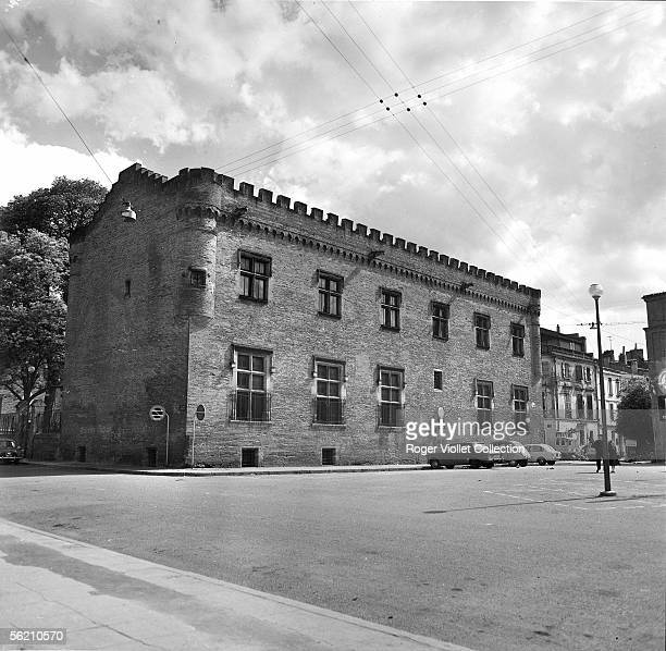 Toulouse . The museum Saint-Raymond in the buildings of the ancient college , Saint-Sernin place. May 1968.