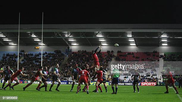 Toulouse win their line out during the Heineken Cup match between Harlequins and Toulouse at The Stoop on October 17 2009 in Twickenham England