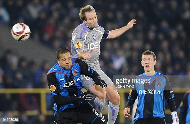 Toulouse's Etienne Didot vies with Bruge's Vadis Odjidja Ofoe during the UEFA Europa League group J football match Bruges vs Toulouse in Bruges on...