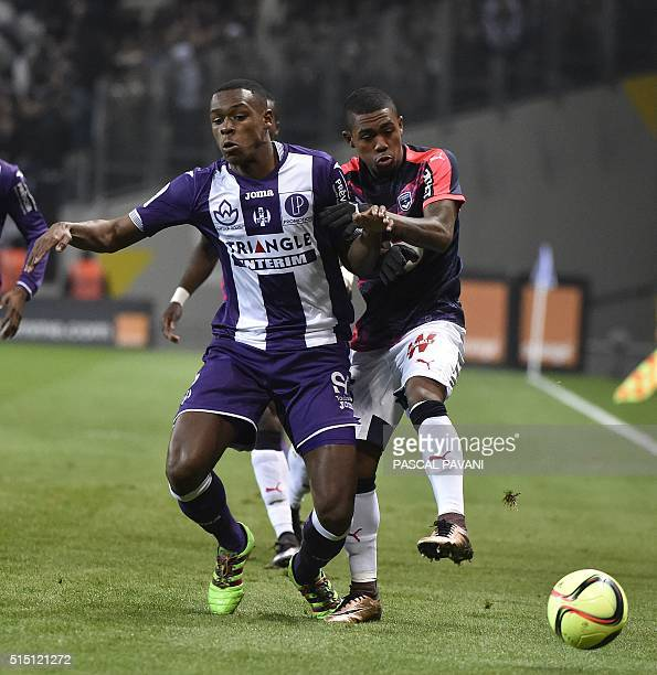 Toulouse's French defender Issa Diop vies with Bordeaux's French forward Malcom during the French L1 football match Toulouse against Bordeaux on...