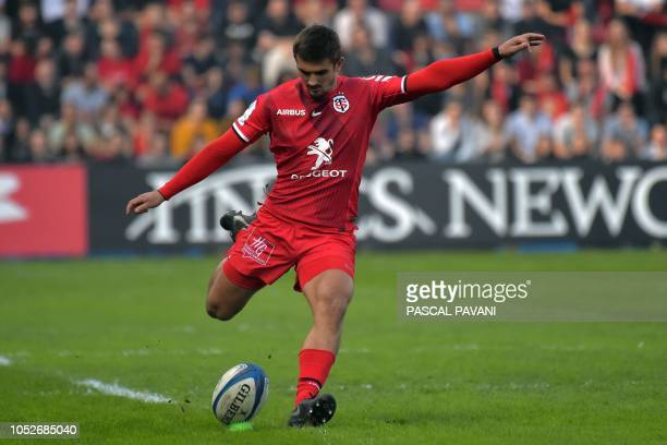 Toulouse's French fullback Thomas Ramos converts a try during the European Rugby Champions Cup rugby union match between Toulouse and Leinster at the...