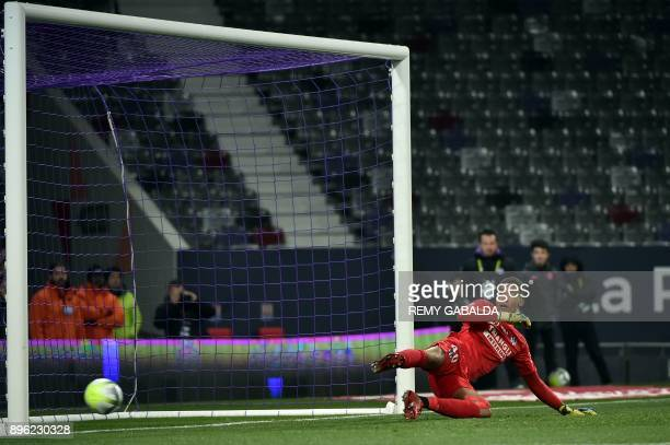 Toulouse's French goalkepper Alban Lafont take a penalty kick during the French L1 football match between Toulouse and Lyon on December 20 at the...