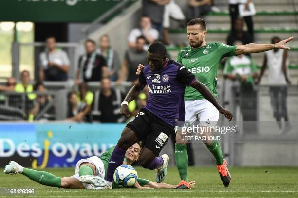 Toulouse's French midfielder Jean Victor Makengo vies with SaintEtienne's French midfielder Yohan Cabaye during the French L1 football match between...