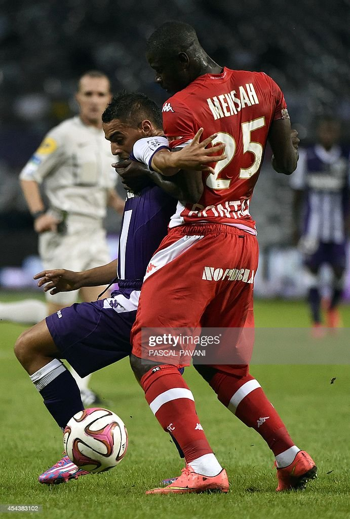 FBL-FRA-LIGUE1-TOULOUSE-EVIAN : News Photo