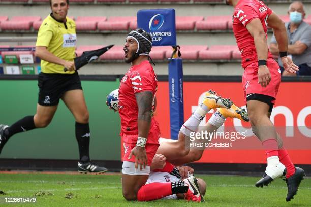 Toulouses New Zealand centre Pita Ahki celebrates after scoring a try during the European Champions Cup quarterfinal rugby union match between Stade...