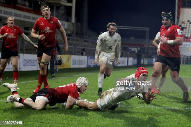 Toulouse's South African wing Cheslin Kolbe scores a try during the European Rugby Champions Cup rugby union Group B match between Ulster and...