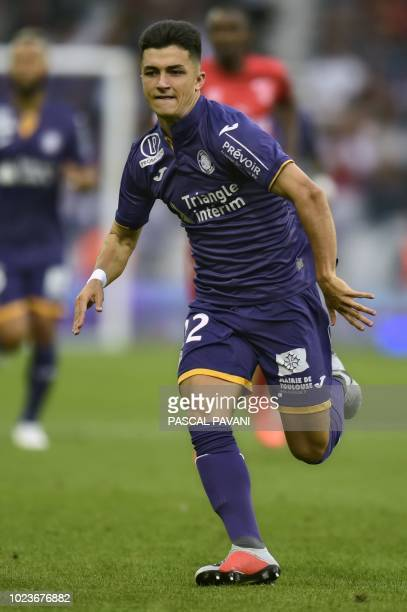 Toulouse's Spanish midfielder Manuel Garcia runs during the French L1 football match between Toulouse and Nimes on August 25 2018 at the Municipal...