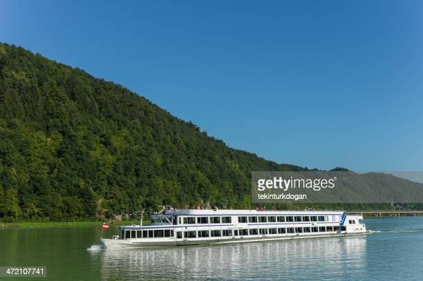 Tourboot sich eine Kreuzfahrt an der Donau von passau Deutschland