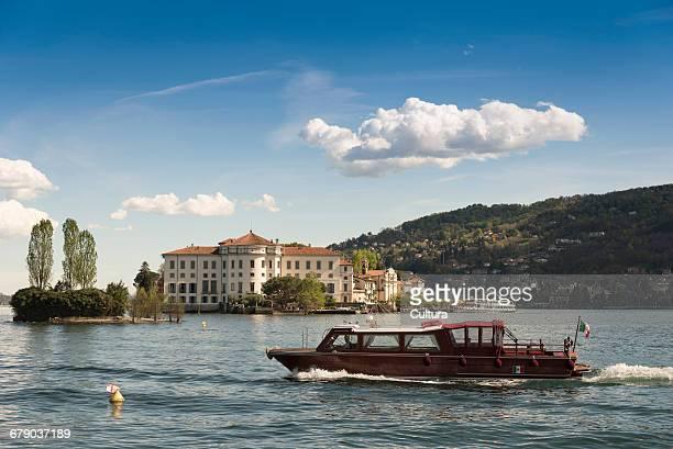 Tour boat, Lago Maggiore, Isole Borromee, Isola dei Pescatori, Borromean Islands