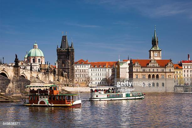 tour boats - vltava river stock pictures, royalty-free photos & images