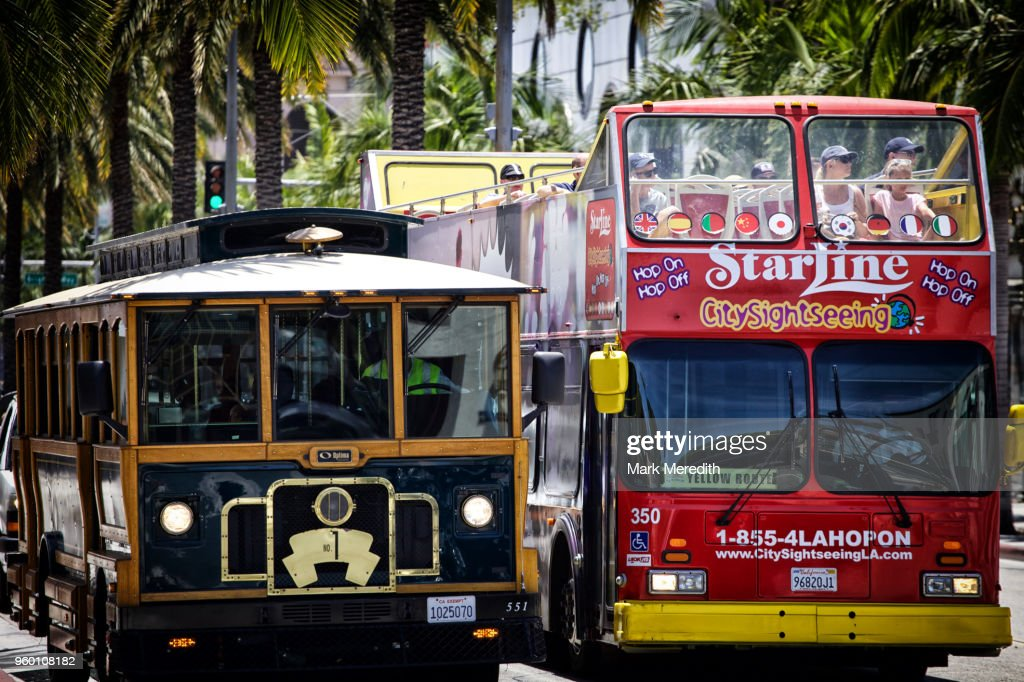 Tour buses on Rodeo Drive : Stock-Foto