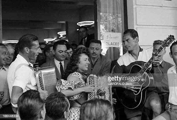 Tour De France 1954 Le 41ème Tour de France du 8 juillet au 1er août 1954 sur 23 étapes pour 4 656 km avec la victoire de Louison Bobet le suisse...