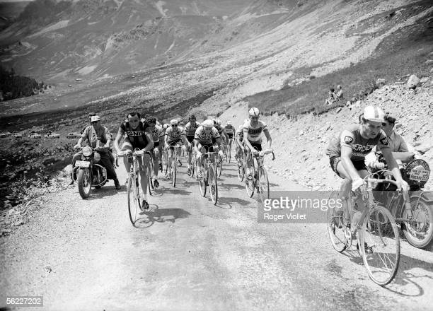 Tour de France 1962 On the right Raymond Poulidor French racing cyclist RV411207