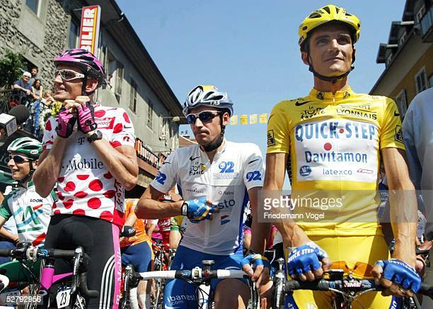 Tour de France 2003, 8. Etappe; Sallanches - L'Alpe d'Huez; Rolf ALDAG/GER - Team Telekom - im Bergtrikot, Denis MENCHOV/RUS - Team Ibanesto - im...