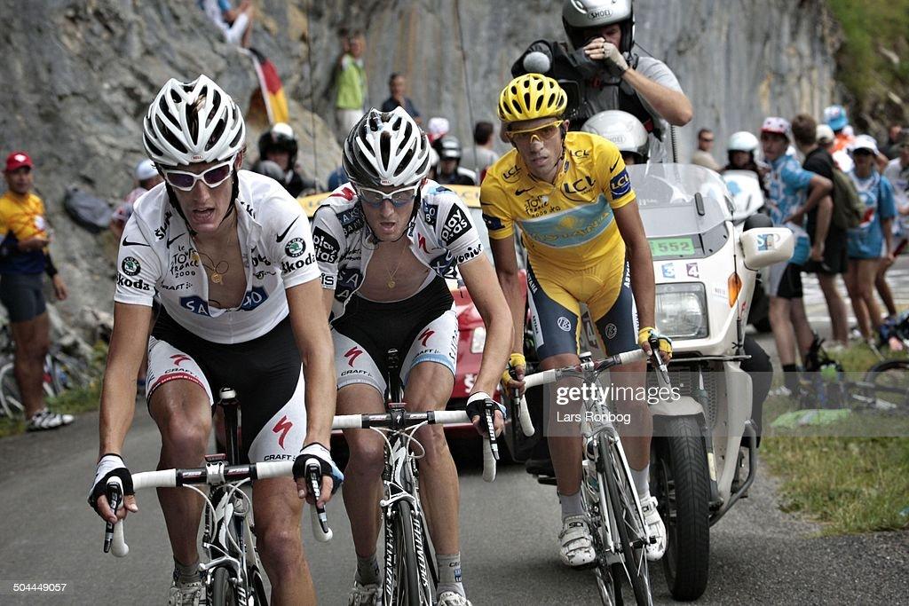 Tour de France, Stage 17 - Andy Schleck, Team Saxo Bank - Frank Schleck, Team Saxo Bank - Alberto Contador, Team Astana. © Frontzonesport