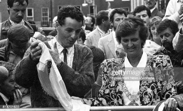 Tour de France winner Stephen Roche is welcomed home as the opentop bus drove through Dublin City Centre on his way to the Mansion House for a Civic...