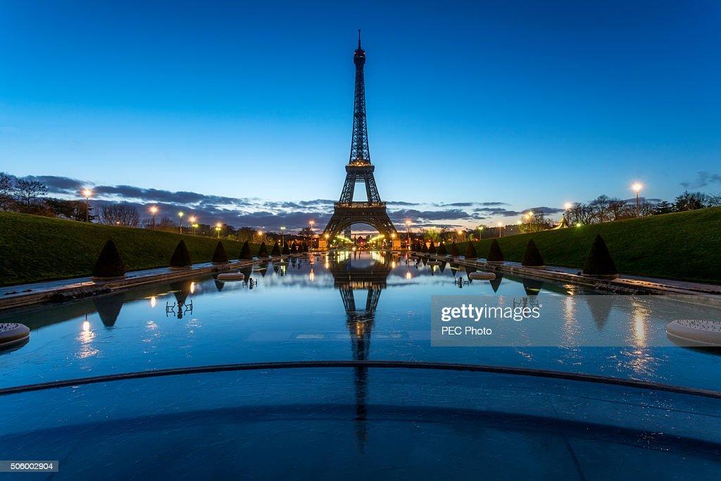 Tour Eiffel during the blue hour : Stock Photo