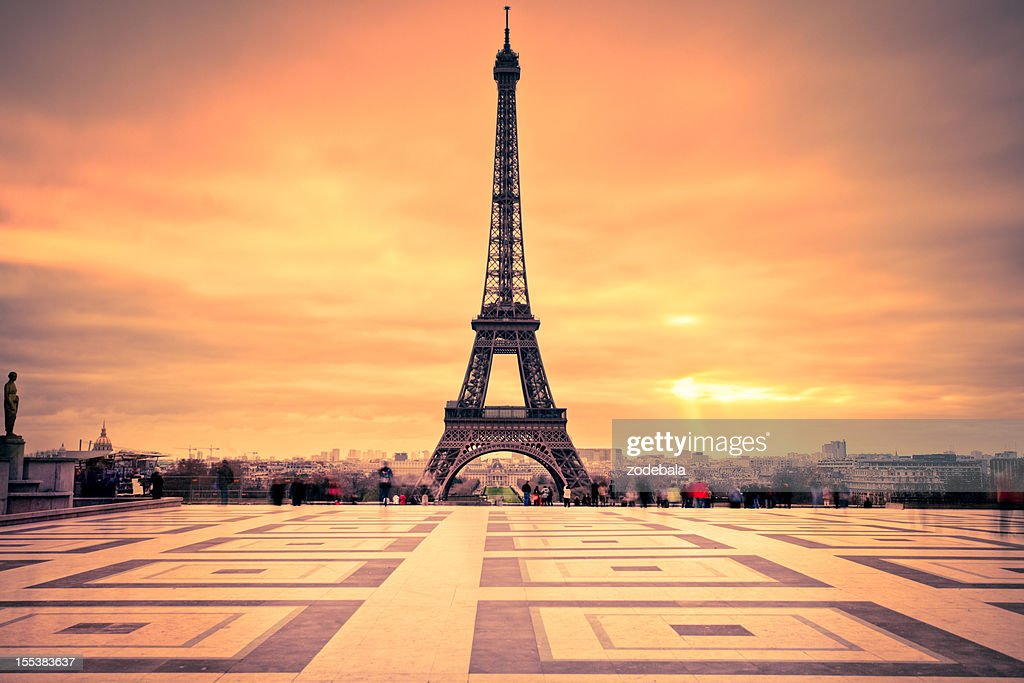 Tour Eiffel Of Paris At Sunset High Res Stock Photo Getty
