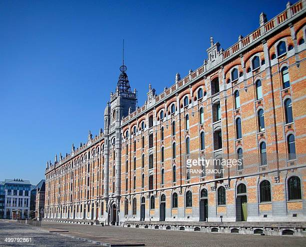Tour et Taxis is a old industrial site with warehouses and office from 19th century. The site is now restored for commercial activities and...