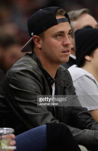 Tour golfer Justin Thomas sits courtside as the Chicago Bulls take on the Charlotte Hornets at the United Center on November 17 2017 in Chicago...