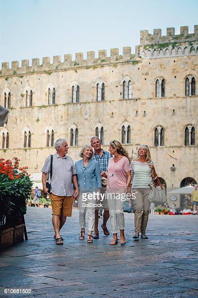 tour of tuscany - europe stock pictures, royalty-free photos & images