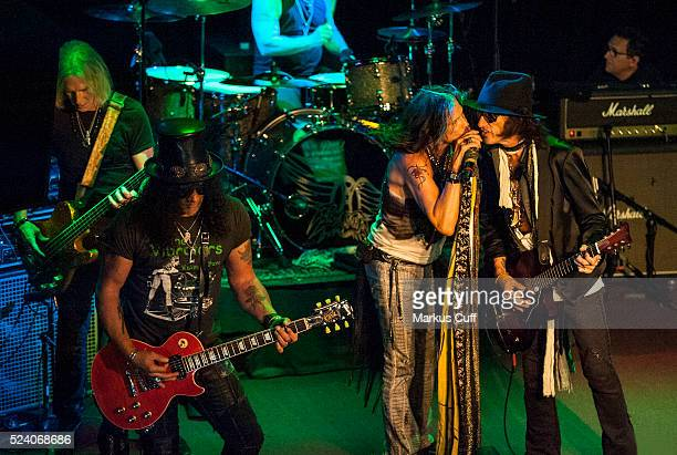 Tour opener Slash sits in with Aerosmith at The Whisky A Go Go