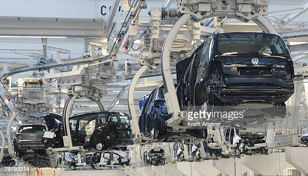 Touran cars on their way to the production line of the Volkswagen factory February 15 2008 in Wolfsburg Germany The Tiguan and the Touran are...
