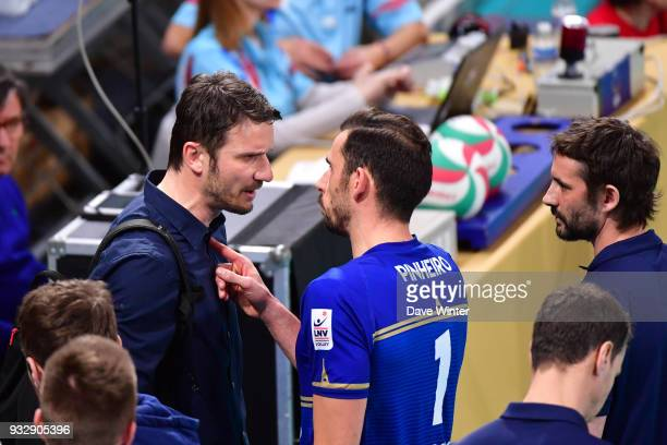 Tourcoing coach Igor Juricic and Nuno Pinheiro of Paris exchange words at the end of the second set during the Ligue A match between Paris Volley and...