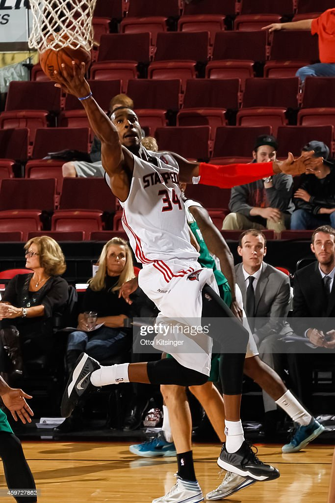 Toure Murry #34 of the Idaho Stampede goes for the layup during an NBA D-League game against the Reno Bighorns on November 28, 2014 at CenturyLink Arena in Boise, Idaho. Murry was on assignment from the Utah Jazz.