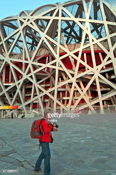 観光での鳥の巣スタジアム北京中国 - 国立オリンピック競技場 ストックフォトと画像