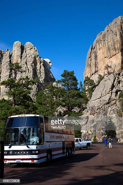 tourist bus near mount rushmore - terryfic3d stock pictures, royalty-free photos & images