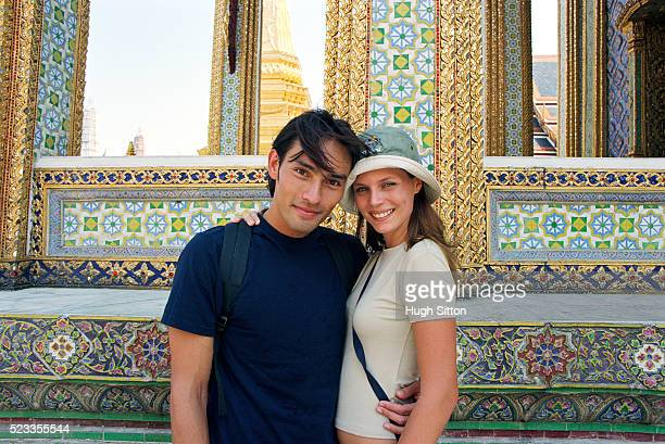 tourist couple on vacations, bangkok, thailand - hugh sitton stock pictures, royalty-free photos & images