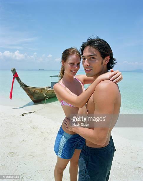 tourist couple on vacations, thailand - hugh sitton 個照片及圖片檔