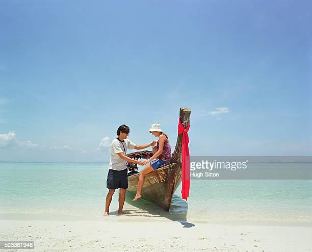 tourist couple on vacations, thailand - hugh sitton stock-fotos und bilder