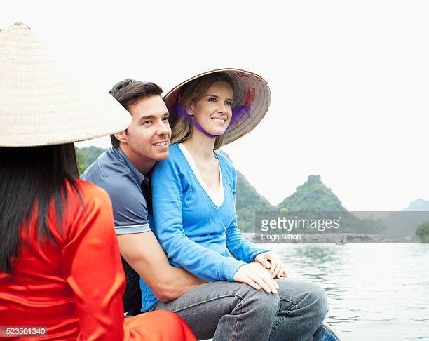 tourist couple travelling in vietnam - hugh sitton bildbanksfoton och bilder