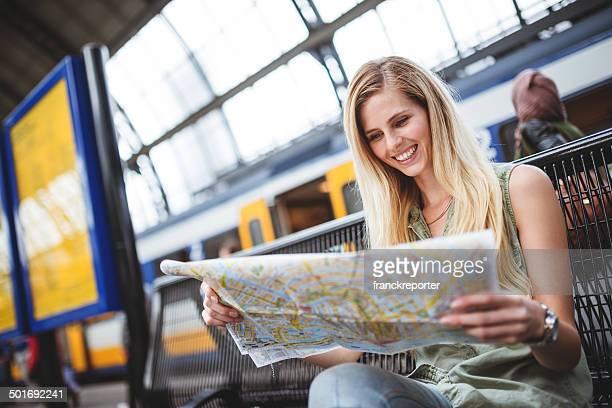 tourist in amsterdam, die Karte der Stadt