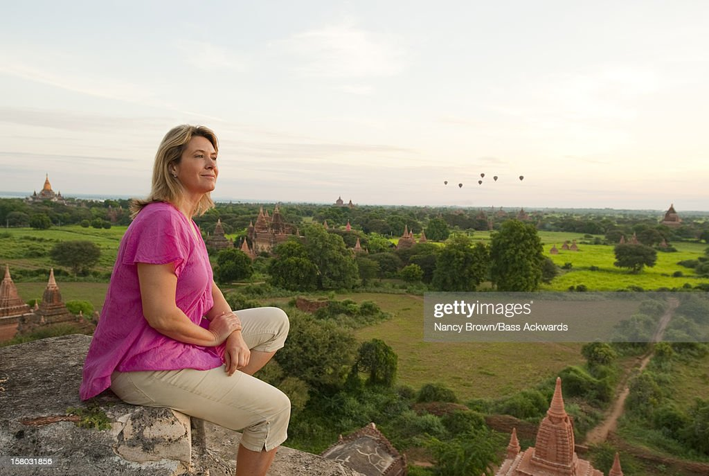 Tourist in Bagan Burma (Myanmar)on Temple. : Foto de stock